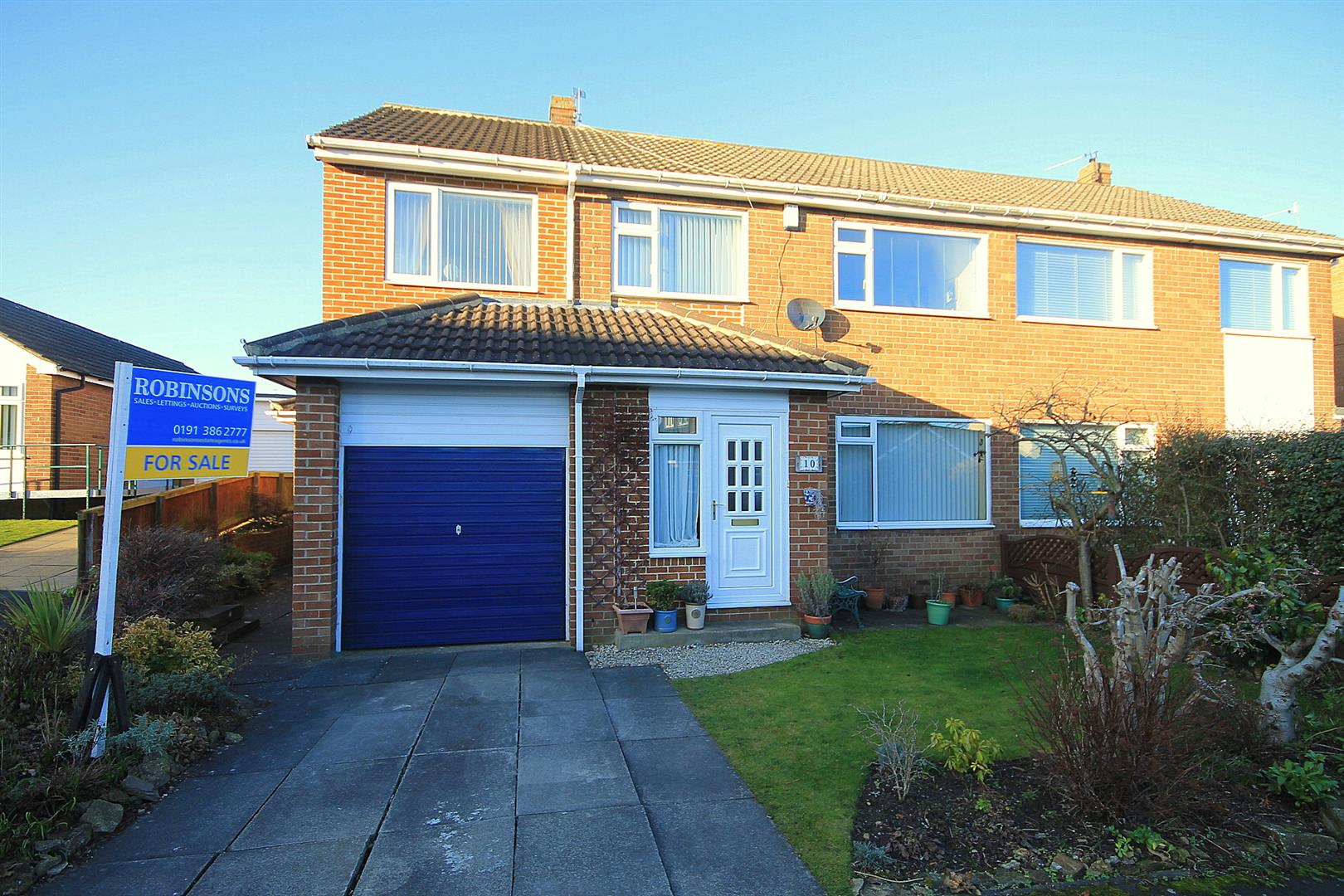4 Bedrooms Semi Detached House for sale in Mitford Close, High Shincliffe, Durham